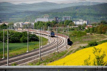 Lístok na vlak pohodlne cez mobil