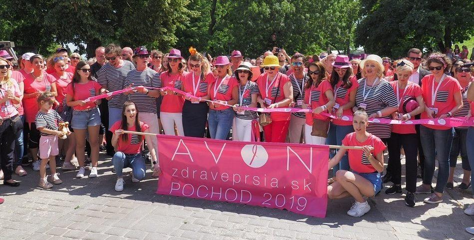 AVON vyhlasuje verejnú výzvu pre projekty zamerané na boj za zdravé prsia