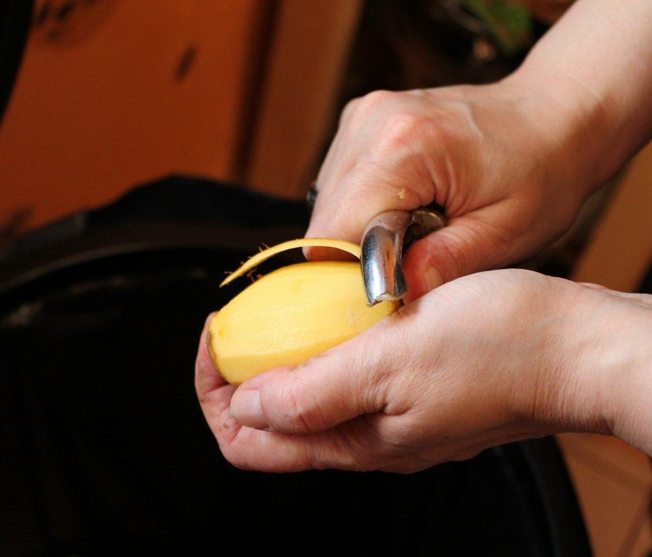 Samosprávam sa kráti čas na zavedenie povinného zberu kuchynského odpadu