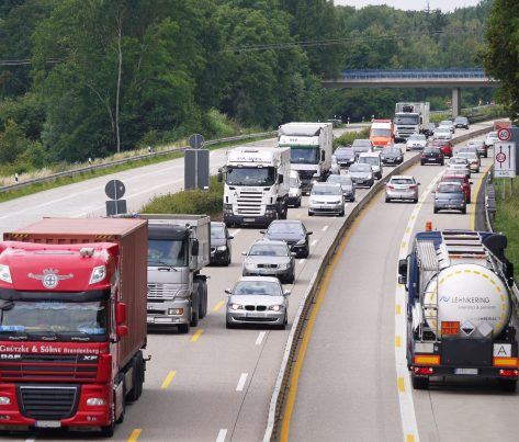 Investície do infraštruktúry v našom regióne rastú, Slovensko čaká najmä na financie z Plánu obnovy